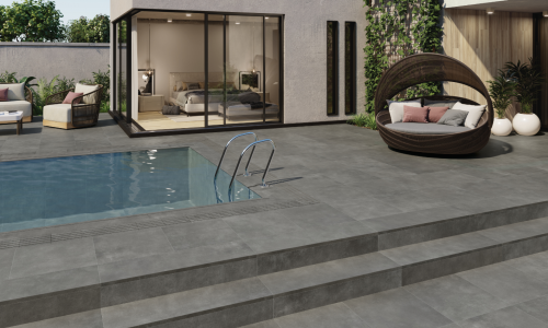 Maison & Travaux : 6 conseils pour entretenir le dallage autour de sa piscine